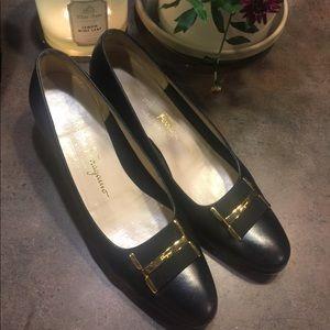Salvatore Ferragamo shoes size 7.5